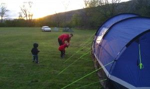 Jason, Elisha and Fliss put the tent up