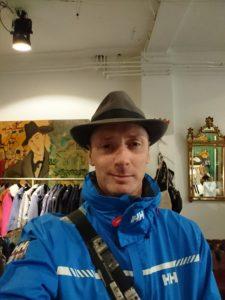 Rob & that hat
