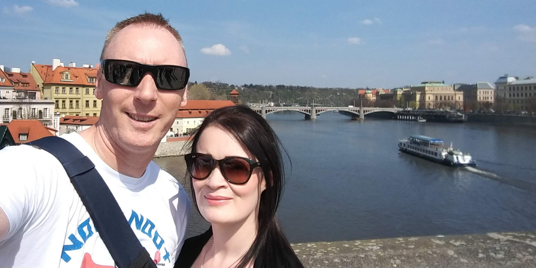 Rob and Carol in a bridge in Prague